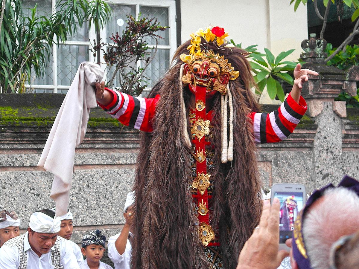 Barong Dance (Padang Bai / Bali)