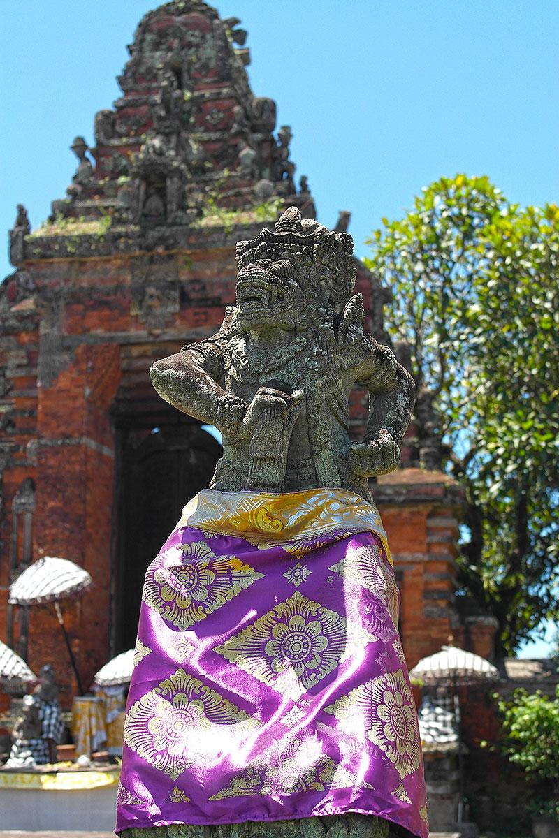 Statue im Palast von Klungkung, Bali / Indonesien